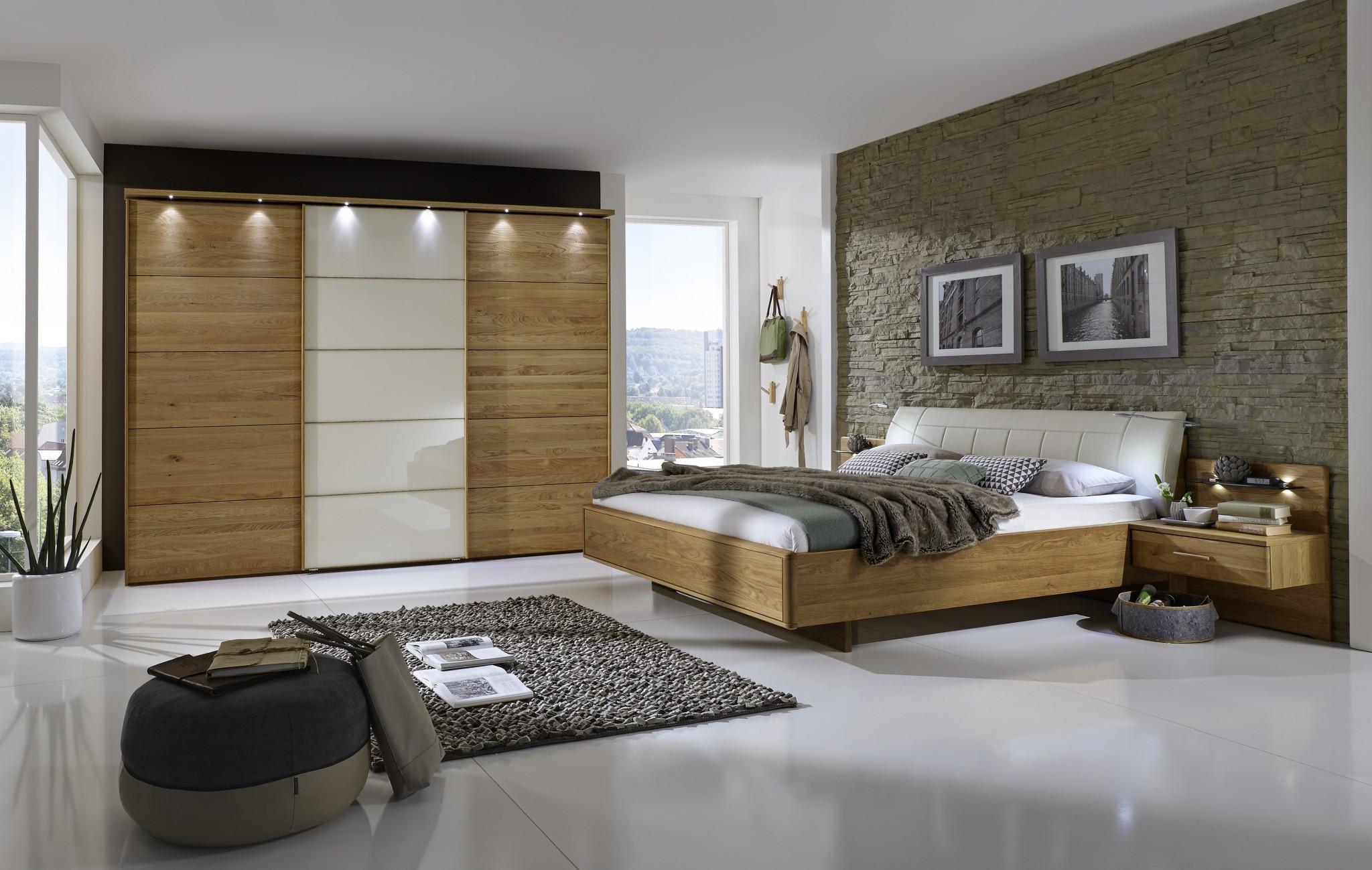 Schlafzimmer Massivholz Eiche. Schlafzimmer Dachschräge Feng Shui ...