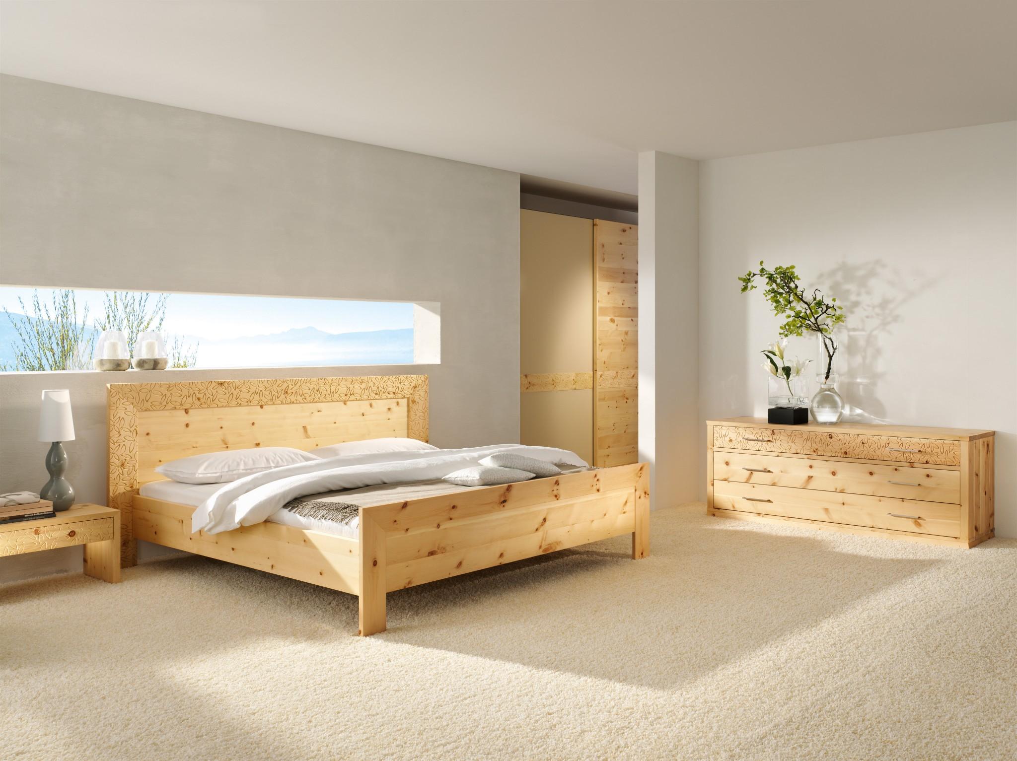 massivholz zirbenbett tares inkl 2 nachtk stchen in oberfl che roh ge lt oder lackiert. Black Bedroom Furniture Sets. Home Design Ideas