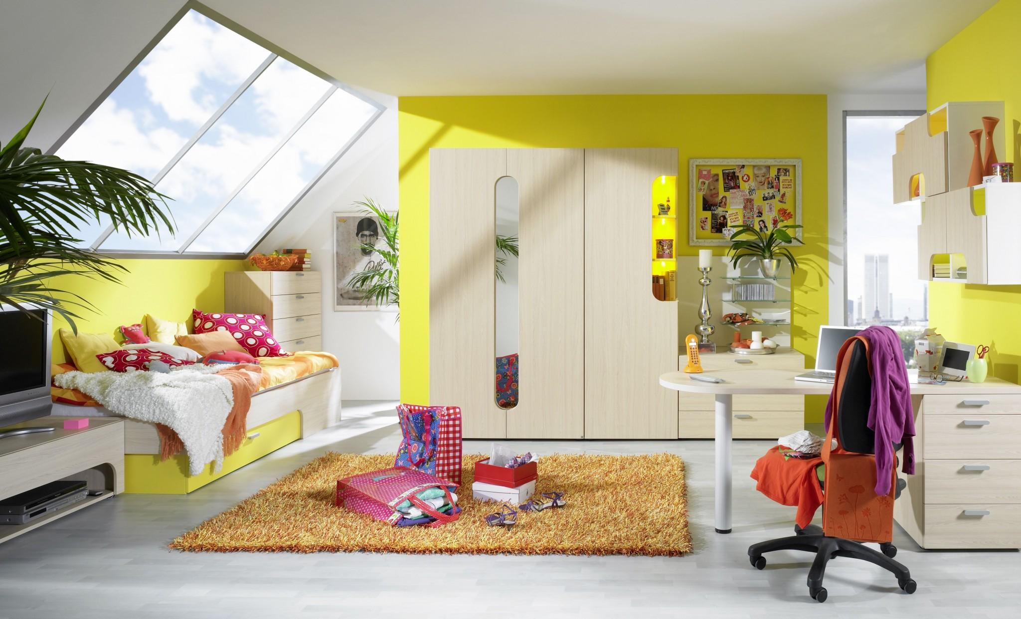 Jugendzimmer maxi mit funktionellem eckschrank und bunt for Jugendzimmer 60er