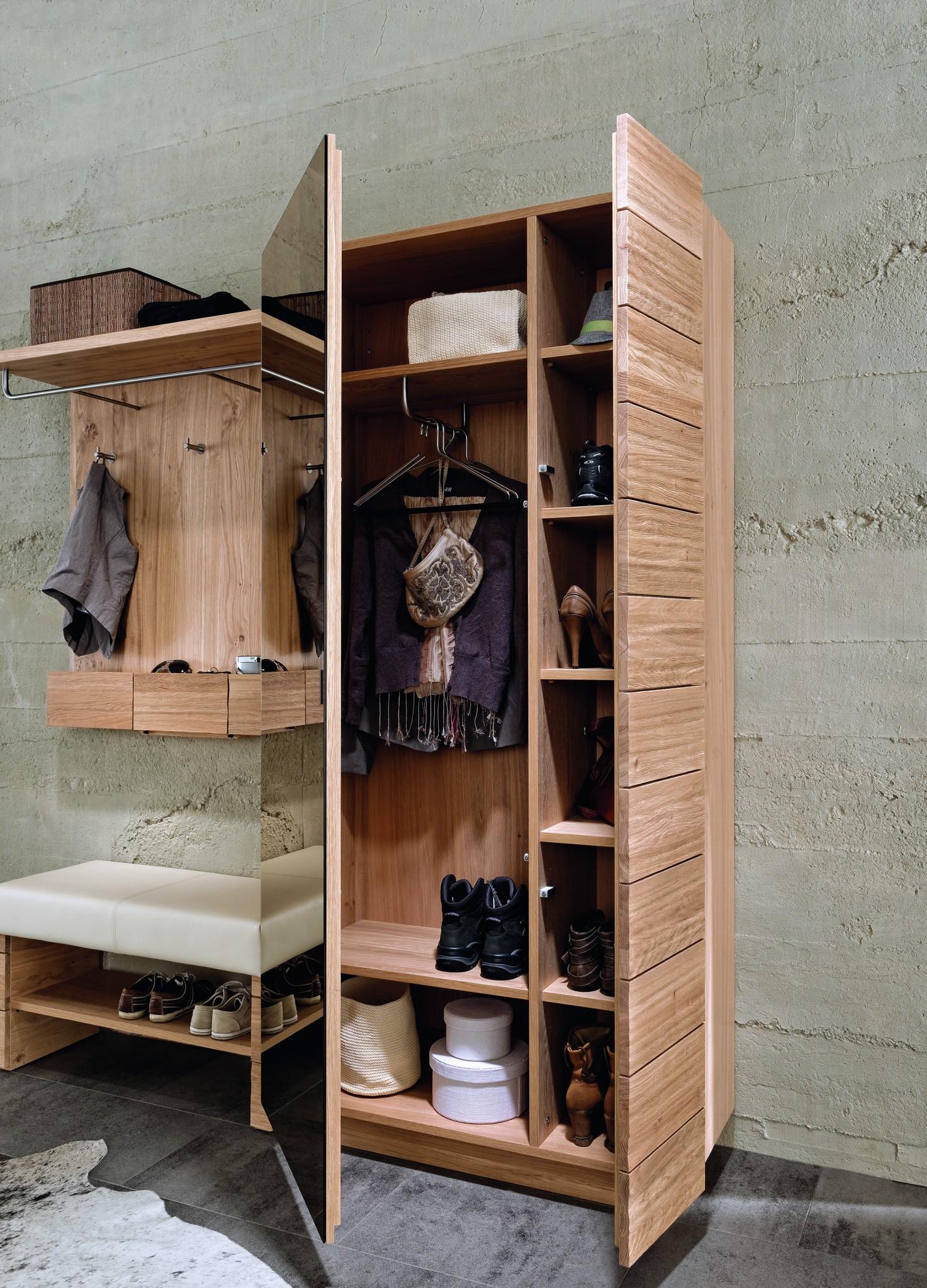 vorzimmer v montana von voglauer in wildeiche vollholz. Black Bedroom Furniture Sets. Home Design Ideas