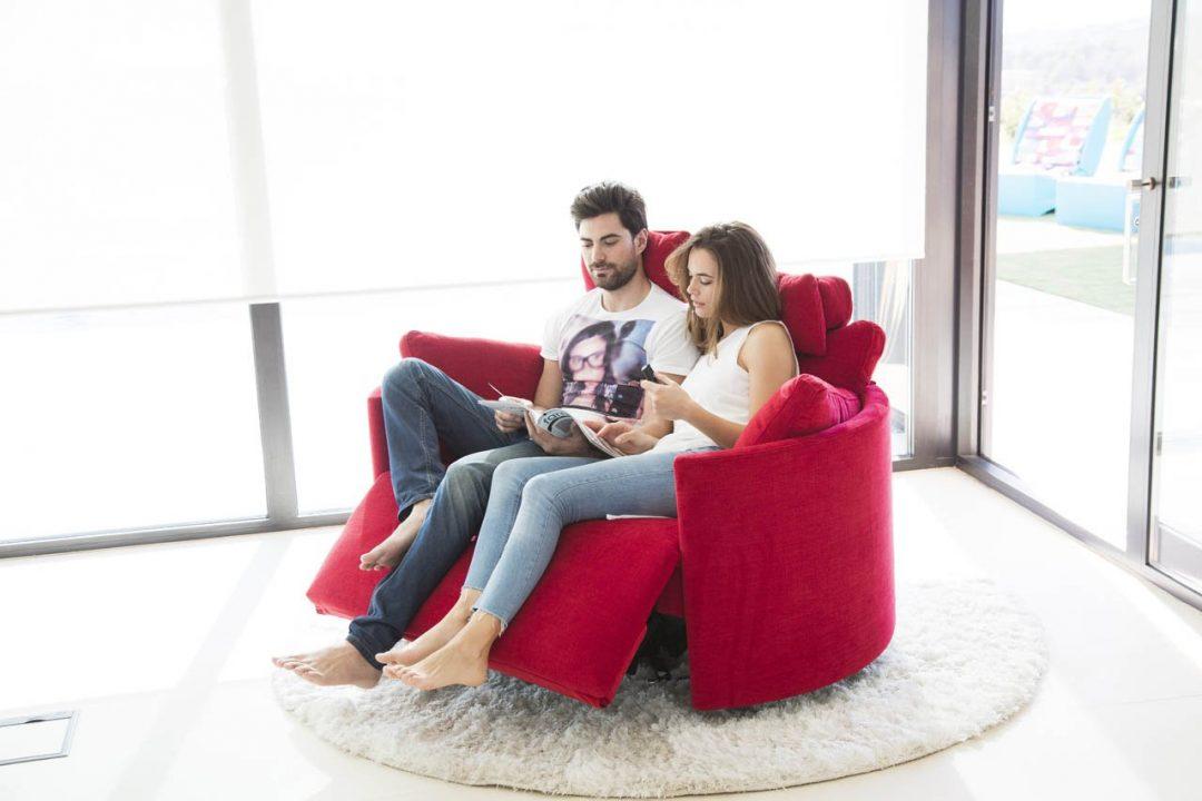 sofa moonrise xl mit schaukelfunktion motorisch verstellbare relaxfunktion ab. Black Bedroom Furniture Sets. Home Design Ideas